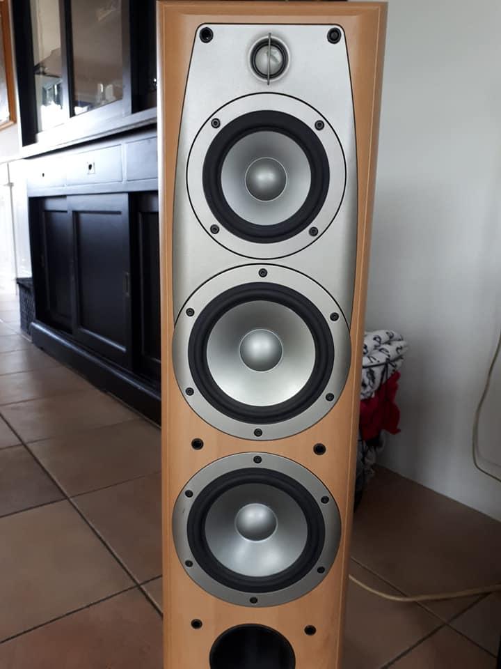 Spuitwerk speakers.