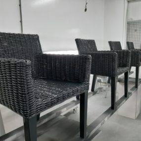 Spuitwerk rieten stoelen
