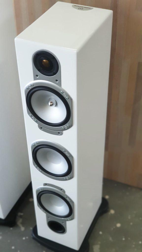 Spuitwerk speakers na